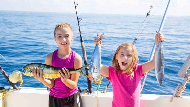Рыбалка с детьми на катере