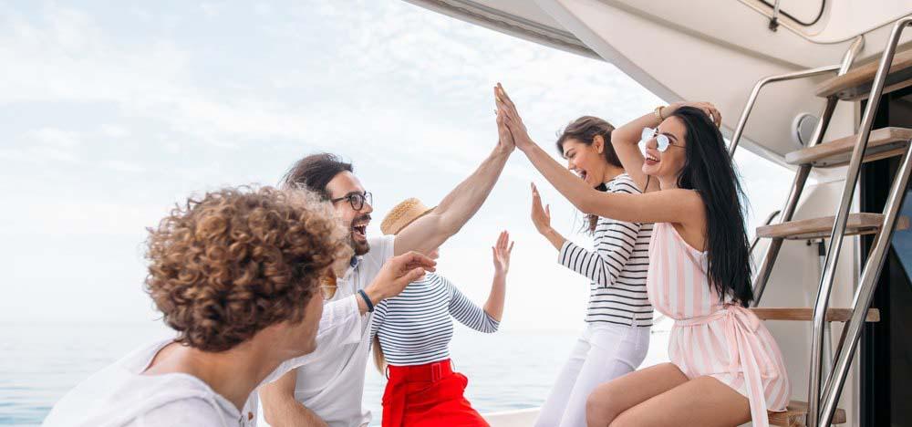 Вечеринки на яхте в Сочи